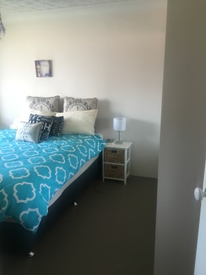 $190, Flatshare, 2 bathrooms, Gold Coast Highway, Miami QLD 4220
