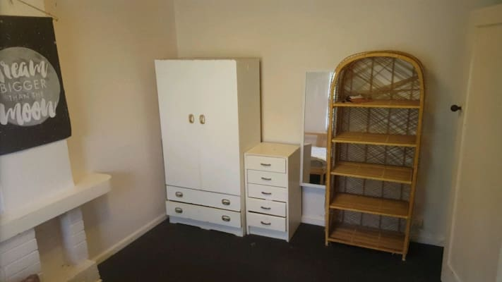 $600, Whole-property, 3 bathrooms, Nelson Street, Balaclava VIC 3183