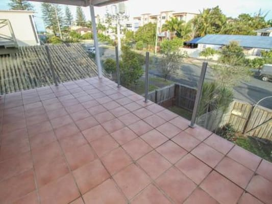 $170, Flatshare, 3 bathrooms, Surf Street, Mermaid Beach QLD 4218