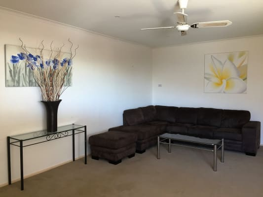 $160, Share-house, 4 bathrooms, McDonald Street, Skye VIC 3977