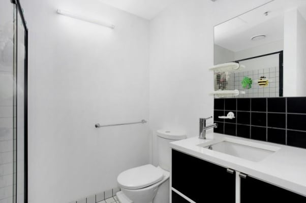 $650, Whole-property, 2 bathrooms, Abeckett Street, Melbourne VIC 3000