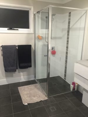 $185, Share-house, 3 bathrooms, Hawthorne Road, Hawthorne QLD 4171