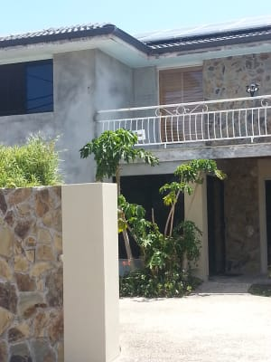 $195, Share-house, 4 bathrooms, Pacific Boulevard, Broadbeach Waters QLD 4218