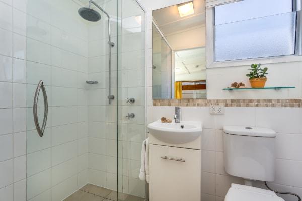 $260, Studio, 2 rooms, Ellen Street, Woody Point QLD 4019, Ellen Street, Woody Point QLD 4019