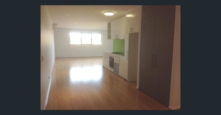 $180, Flatshare, 2 bathrooms, Flynn Close, Bundoora VIC 3083