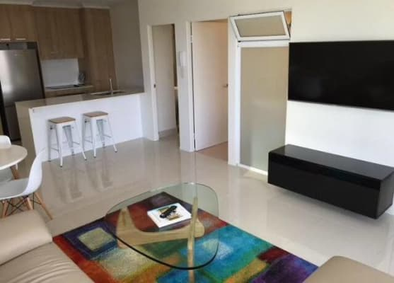 $275, Flatshare, 2 bathrooms, Scarborough Street, Southport QLD 4215
