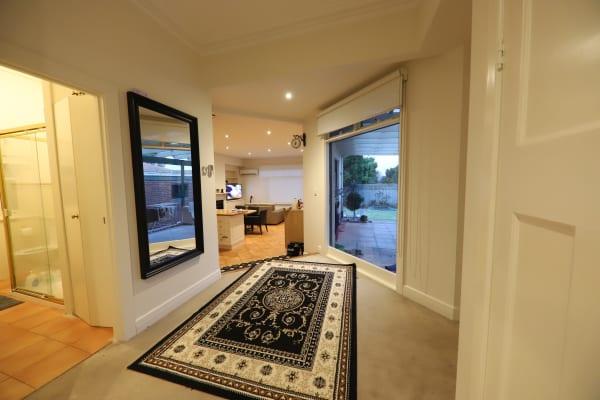 $250, Share-house, 5 bathrooms, Eglinton Street, Kew VIC 3101