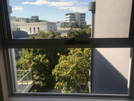 $190, Flatshare, 3 bathrooms, Arbour Avenue, Robina QLD 4226