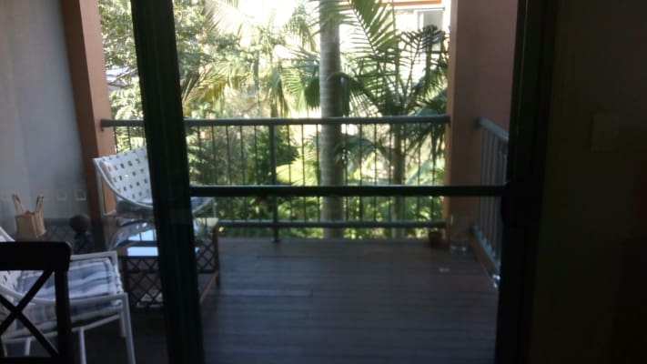 $200, Share-house, 3 bathrooms, Fairway Drive, Clear Island Waters QLD 4226