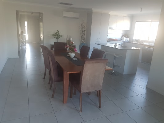 $140, Share-house, 3 bathrooms, Cerreto Mews, Pakenham VIC 3810