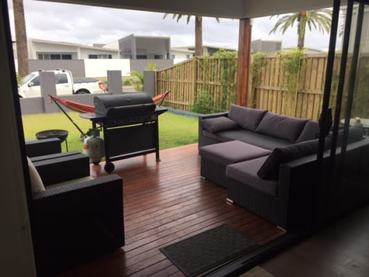 $180, Share-house, 4 bathrooms, Grant Avenue, Hope Island QLD 4212