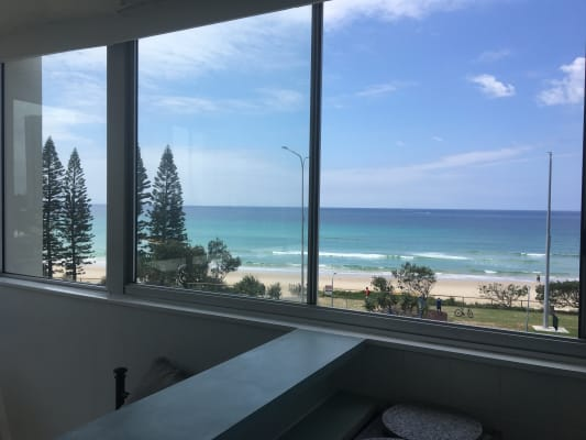 $450, 1-bed, 1 bathroom, Ocean Avenue, Surfers Paradise QLD 4217