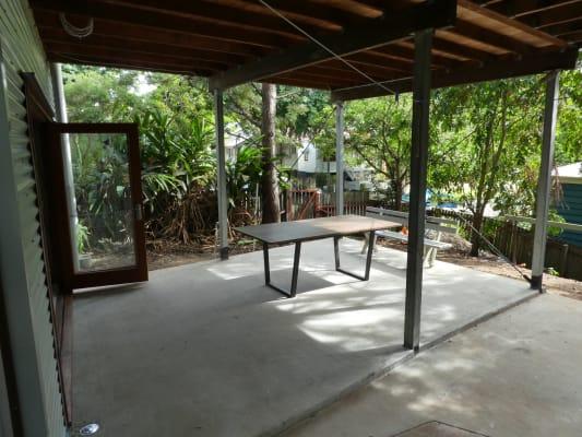 $370, Whole-property, 1 bathroom, Mildmay Street, Fairfield QLD 4103
