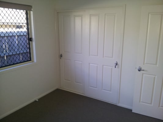 $150, Share-house, 4 bathrooms,  Cashmere St, Toowoomba QLD 4350