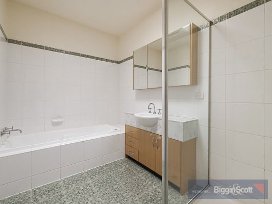 $235, Share-house, 3 bathrooms, Lennox Street, Richmond VIC 3121