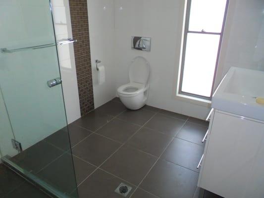 $200, Share-house, 5 bathrooms, Argyle Crescent, Bundall QLD 4217