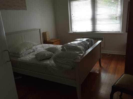 $500, Whole-property, 2 bathrooms, Queens Road, Melbourne VIC 3000