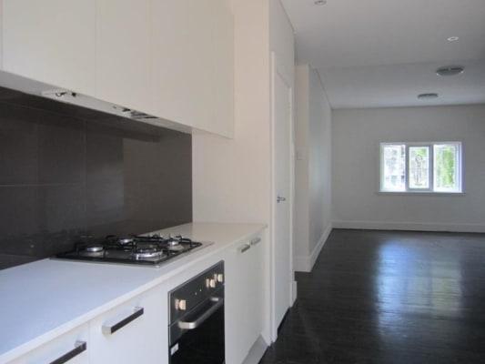 $350, Flatshare, 3 bathrooms, O'Brien Street, Bondi Beach NSW 2026
