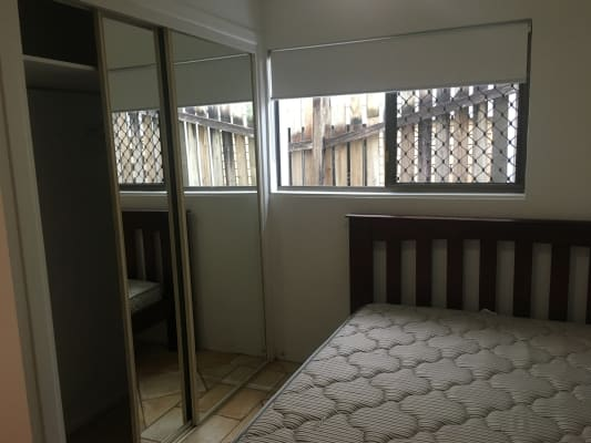 $250, Share-house, 5 bathrooms, Laidlaw Parade, East Brisbane QLD 4169