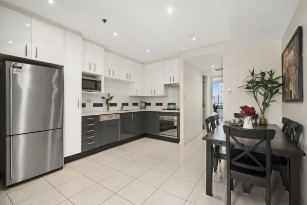$380, Flatshare, 2 bathrooms, Lachlan Street, Waterloo NSW 2017