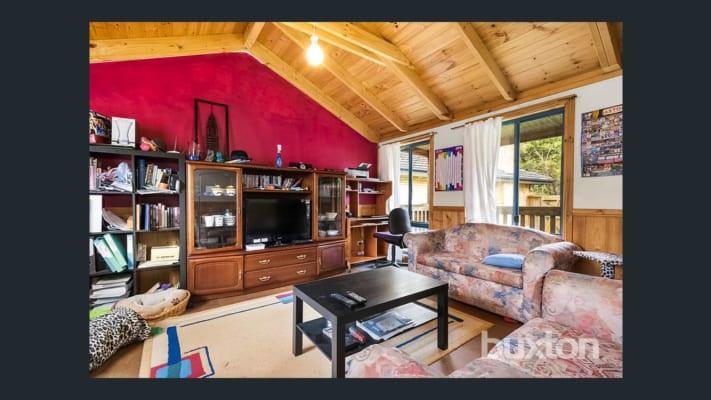 $300, Student-accommodation, 3 bathrooms, Paringa Court, Chadstone VIC 3148
