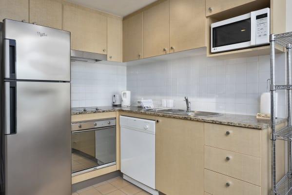 $485, Studio, 1 bathroom, Help Street, Chatswood NSW 2067