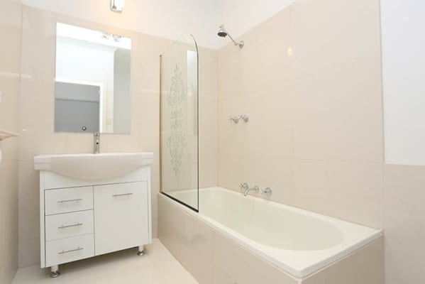 $380, Whole-property, 3 bathrooms, Cornwall Road, Sunshine VIC 3020