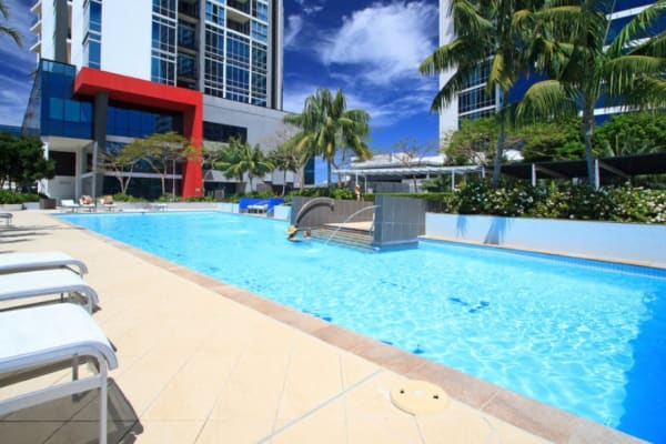 $150, Flatshare, 3 bathrooms, Scarborough Street, Southport QLD 4215