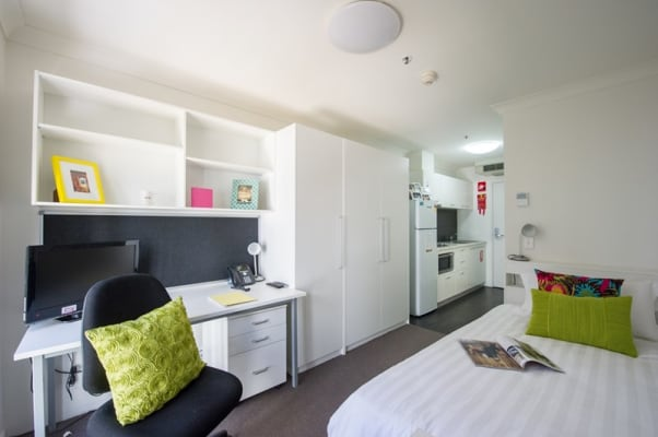 $200, Student-accommodation, 1 bathroom, Barry Drive, Canberra ACT 2601