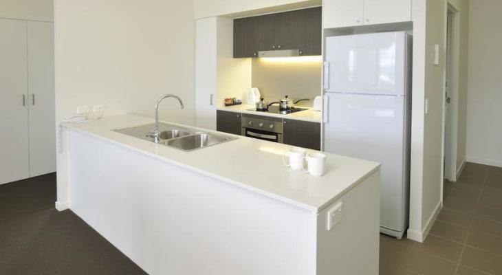 $100, Flatshare, 2 bathrooms, Glenlyon Street, Gladstone Central QLD 4680