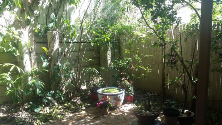 $180, Share-house, 4 bathrooms, Middle Street, Highgate Hill QLD 4101