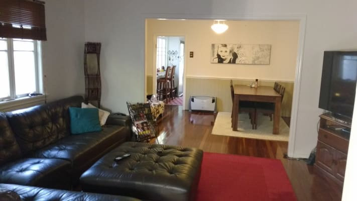 $190, Share-house, 3 bathrooms, Creek Road, Mount Gravatt East QLD 4122