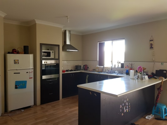 $140, Share-house, 4 bathrooms, Lambeth Circle, Wellard WA 6170