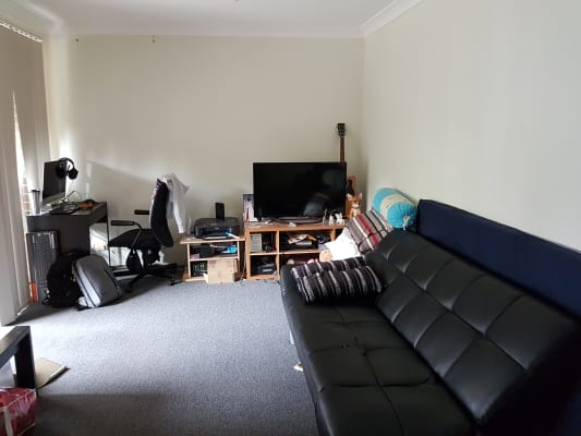 $340, Flatshare, 2 bathrooms, Myrtle Street, Chippendale NSW 2008
