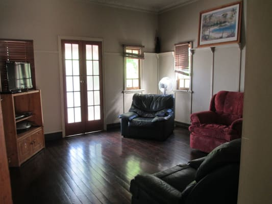 $120, Share-house, 3 bathrooms, Herbert Street, Manly QLD 4179