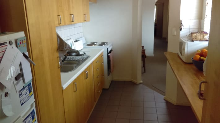 $175, Student-accommodation, 1 bathroom, Stirling Highway, Nedlands WA 6009