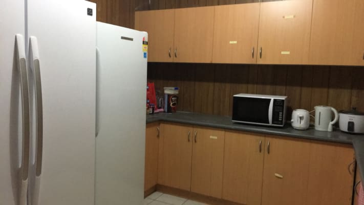 $160, Student-accommodation, 1 bathroom, Toongabbie Road, Toongabbie NSW 2146