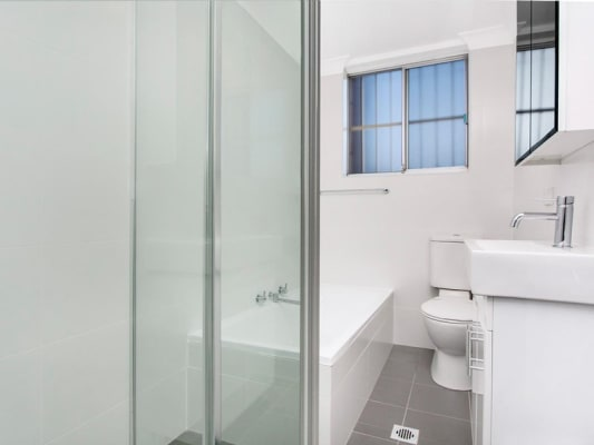 $190, Flatshare, 2 bathrooms, Dudley Street, Punchbowl NSW 2196