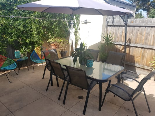 $240, Share-house, 3 bathrooms, Hambleton Street, Albert Park VIC 3206