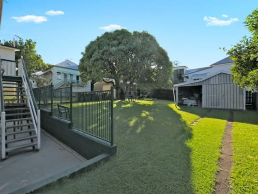 $130, Share-house, 6 bathrooms, Sydney Street, New Farm QLD 4005