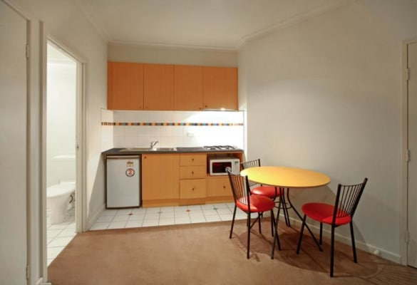 $500, Whole-property, 2 bathrooms, Swanston Street, Melbourne VIC 3000