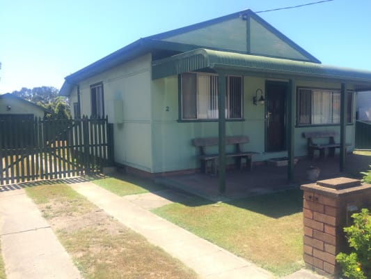 $300, Whole-property, 2 bathrooms, Barnard Crescent, Toukley NSW 2263