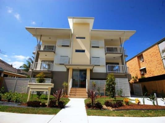 $165, Share-house, 4 bathrooms, Phillip Street, Labrador QLD 4215