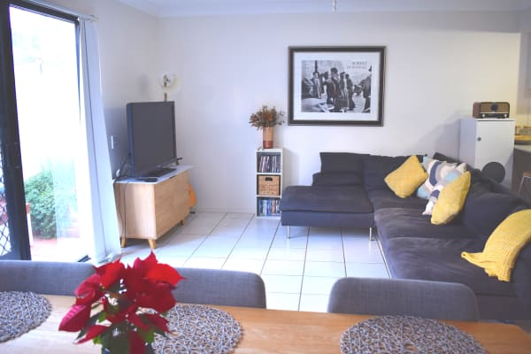 $230, Share-house, 3 bathrooms, Gold Coast Highway, Mermaid Waters QLD 4218