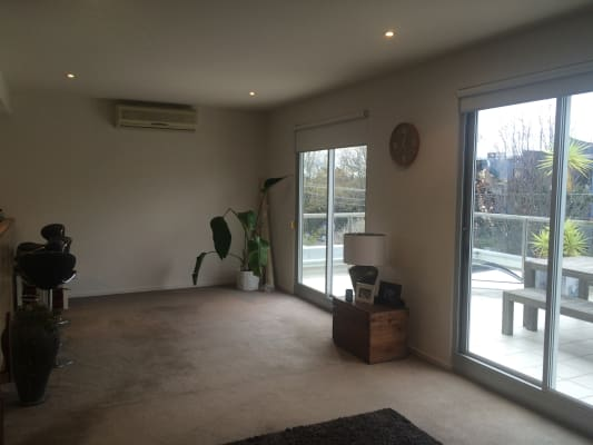 $300, Flatshare, 2 bathrooms, Alma Road, Saint Kilda East VIC 3183