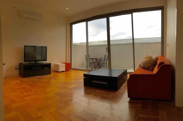 $300-350, Whole-property, 2 rooms, Duke Street, Windsor VIC 3181, Duke Street, Windsor VIC 3181