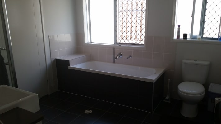 $180, Share-house, 4 bathrooms, Dorretti , Upper Coomera QLD 4209