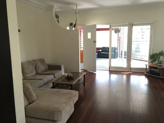 $185, Share-house, 3 bathrooms, Curlew Street, Toowong QLD 4066