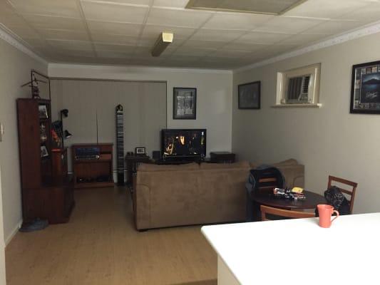 $150, Share-house, 2 bathrooms, Waverley Place, Dianella WA 6059