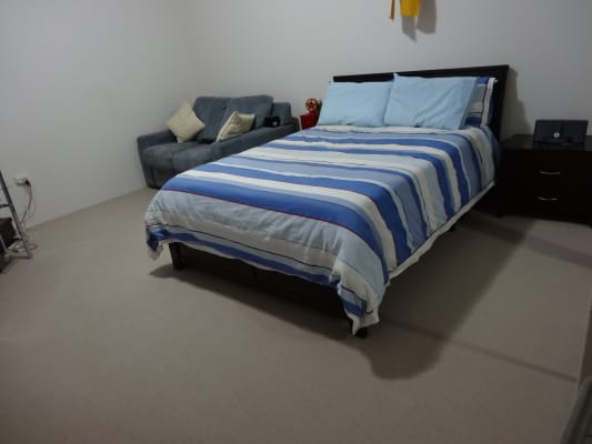 $350, Flatshare, 3 bathrooms, Hilly Street, Mortlake NSW 2137